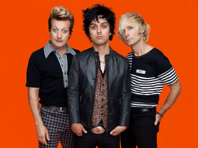 green day cancel tour move up album release date idobi. Black Bedroom Furniture Sets. Home Design Ideas
