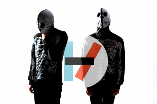 Twenty One Pilots Release Video For Quot Holding On To You