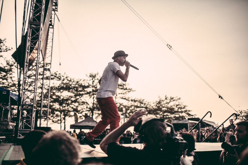 Tyler Carter of Issues performing with Falling In Reverse