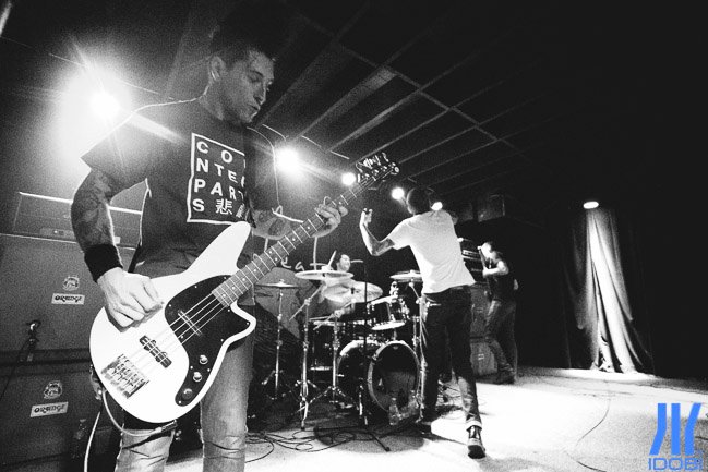 Defeater-8