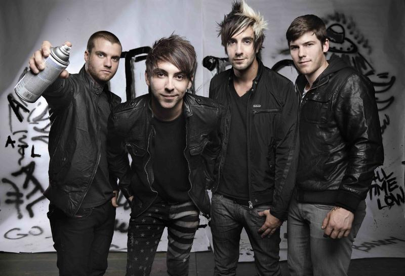 All-Time-Low-2012-Promo-Photo-Dont-Panic