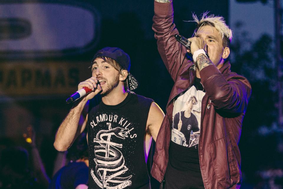 Alex Gaskarth (All Time Low) and Jordan Pundik (New Found Glory) performing