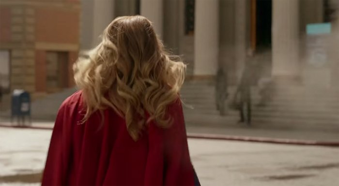 karas-cape-supergirl